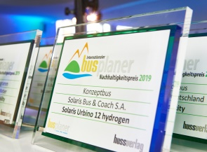 Trade magazine busplaner conferred the Sustainability Award 2019 upon the Urbino 12 hydrogen
